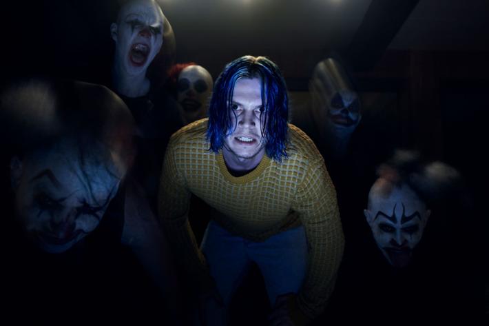 cult12.jpg
